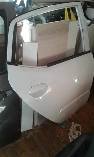 Hyundai i  10 back door