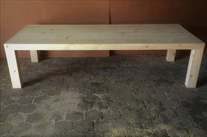 Patio table Chunky Farmhouse series 3000 with pillar legs Raw