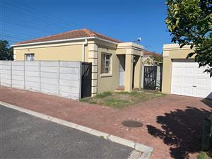 3 Bedroom House to Rent in Southern Suburbs