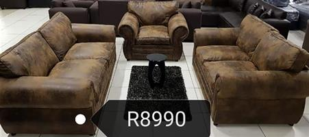 Budget Lounge Suite