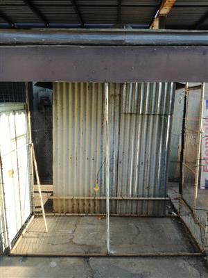 2x aviaries for sale