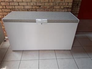 Defy 530ltr Chest Freezer White - New!