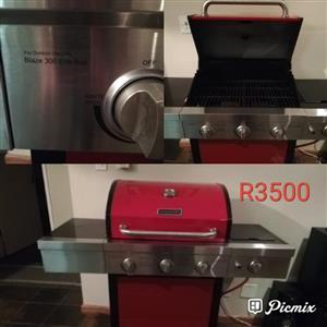 Red gas braai for sale