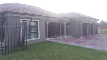 3 Bedroom House for Sale in Denneoord Ext 3 Brakpan