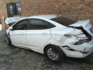 HY038 – HYUNDAI ACCENT WHITE 2016 *STRIPPING FOR PARTS*