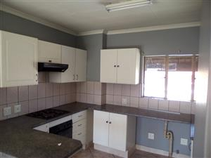 2 BED ROOM TOWNHOUSE  in Raven's Rock, Transvaal Street, Witfield/Riefontein , Boksburg