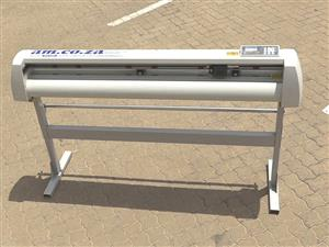 V-803 V-Series High-Speed USB Vinyl Cutter, 800mm Working Area, FlexiSIGN Software Vinyl
