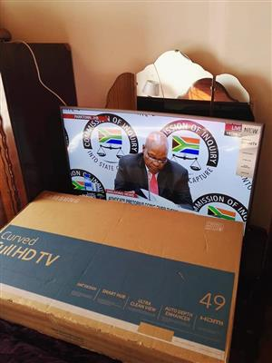 VERY good condition 49inch FHD Samsung Curve TV.