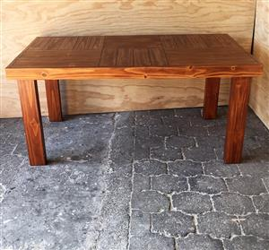 Patio table Farmhouse series 1650 - Stained