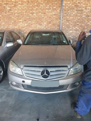 Mercedes Benz C200 271 Engine now stripping for spares