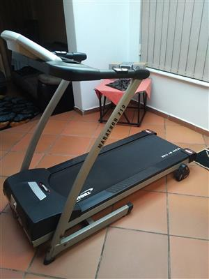 TROJAN TREADMILL MARATHON 210 - PERFECT CHRISTMAS BUY  !