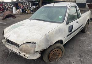 Ford rocam 1.6lt xlt 2006 Stripping for spares