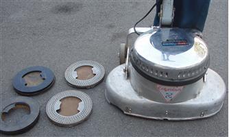 Columbus  Floor Polisher / Shiner  - Heavy Duty machine - Model 18 - with spare brushers