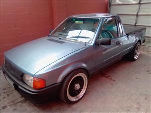 1999 Mazda Rustler