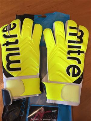 Mitre Doma Senior goalkeeper gloves- Size 9 - Brand new and unused