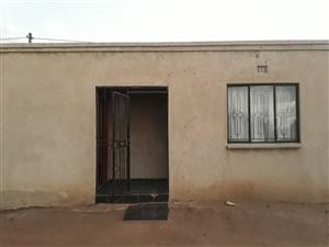 Two Beatiful rooms  available at x22 next to K.I Thwala School at Embalenhle