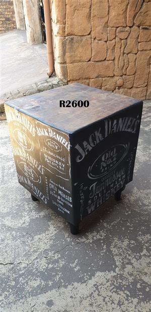 Heavy Duty No 7 Butchers Block (600x590x770)