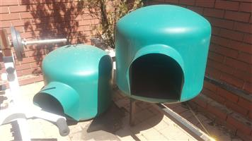 DOG KENNEL- LARGE IGLOO TYPE