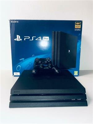 Sony PS4 pro 1tb console in perfect condition R5600
