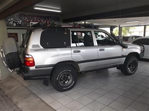 2000 Toyota Land Cruiser 100 4.5 GX