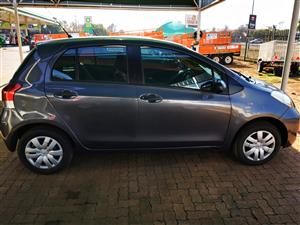 2010 Toyota Yaris 1.0 5 door T1