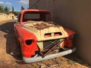Wanted Chevrolet , 1955 - 1960 GMC ,CHEV , CHEVY , Bakkie Spares