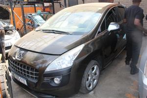 We are stripping Peugeot 3008 2012 THP EXECUTIVE