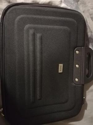 Laptop of notebook sak splinternuut