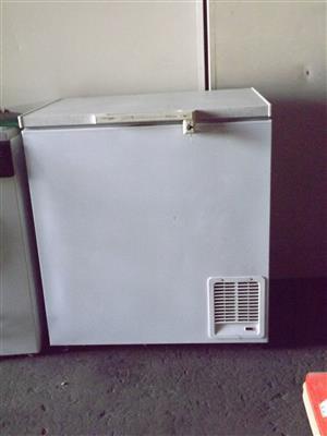 Freezer DEFY 190l