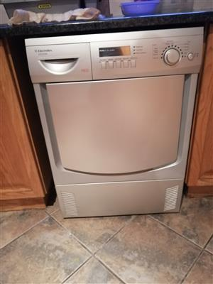 Tumble dryer urgent sale