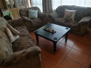 R1850 (or N.C.O) / Good 3 Piece Lounge suite + Coffee table