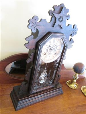 Ansonia mantle clock, from the 1800s, vintage, collectable, working fine