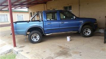Ford Ranger 4.0i V6 double cab 4x4 XLE automatic