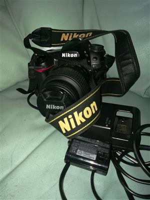 Nikon D7000 with 2 Batteries, Charger and 18-55 VR Lens. No SD Card