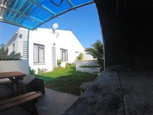 Conifer Close Complex in Marina Da Gama has a 3 bedroom home for Sale