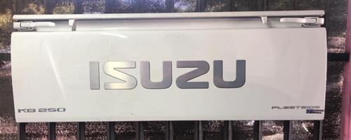 Isuzu fb 250 2015 tailgate