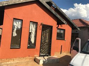 3beds for rent in Dobsonville Gardens
