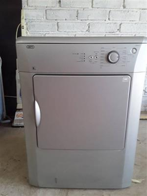 Defy 8 kg tumble dryer