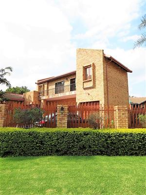MORELETAPARK : 4 BEDROOM HOME FOR SALE