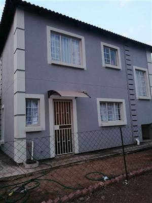 Rooms for rental in a 4 bedroom house in Nkwe/ Rosslyn