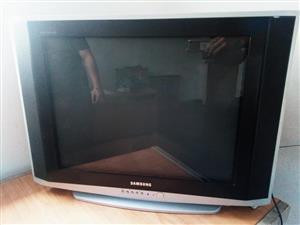 70 Cm SAMSUNG TV. WPRKS 100%