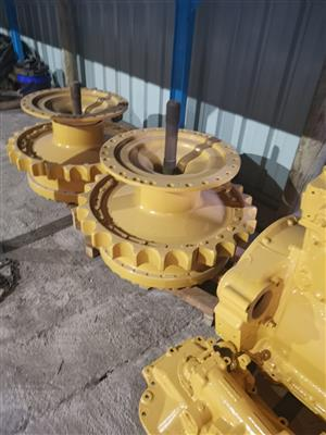 Cat D6h final drive in perfect condition