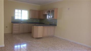 Fontainebleau 1bedroomed garden cottage to rent R4800 massive tiled