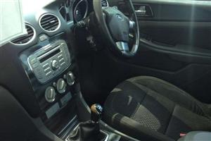 2011 Ford Focus hatch 5-door FOCUS 2.5 ST 5Dr