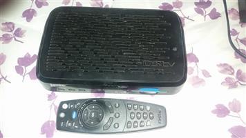 DSTV Explora with remote