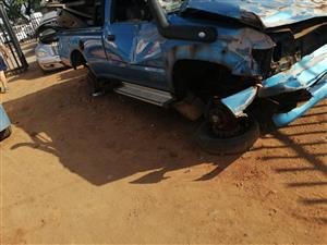 Stripping Toyota hilux kzte shape for spares