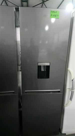 Silver/ Grey Fridge/ Freezer for sale for R4899