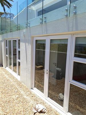 FLAWLESS GLASS & ALUMINIUM - INSTALLERS AND SUPPLIERS