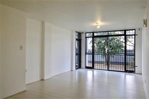 Ground-floor 2-bedroom apartment to rent in Menlyn