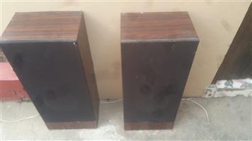 Immediate Sales of Imbuya Kist;Speakers;Book Case;Swivel Chair Sold a Job Lot